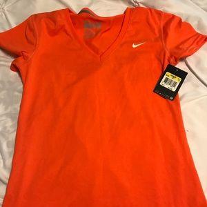 Women's new small orange Nike dry fit